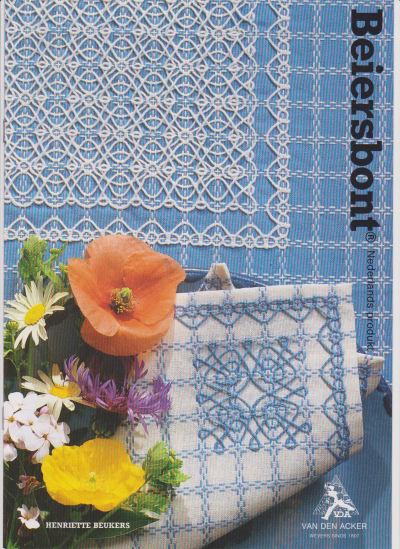 Beiersbont zachtblauw wit 5443, 160 breed (prijs per 10 cm)-10142