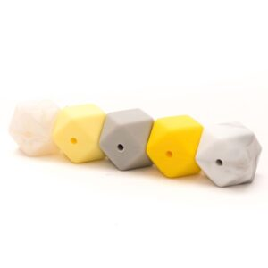 020.1026 kralen hexagon geel